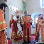Митрополит Волоколамский Иларион совершил Божественную литургию в храме на Черниговском подворье