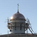 Строительство Хевизского храма: 13 – 18 сентября. Завершено покрытие купола медью